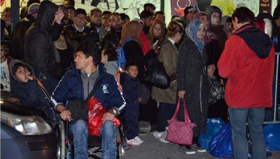 Αναχωρούν από Σάμο, Χίο και Μυτιλήνη 1.000 πρόσφυγες