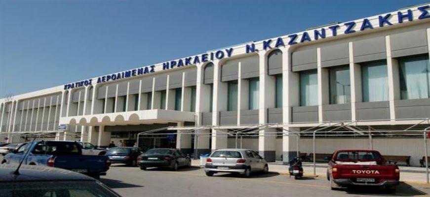 """Κρήτη: Συναγερμός στο """"Νίκος Καζαντζάκης"""" λόγω διαρροής καυσίμων"""