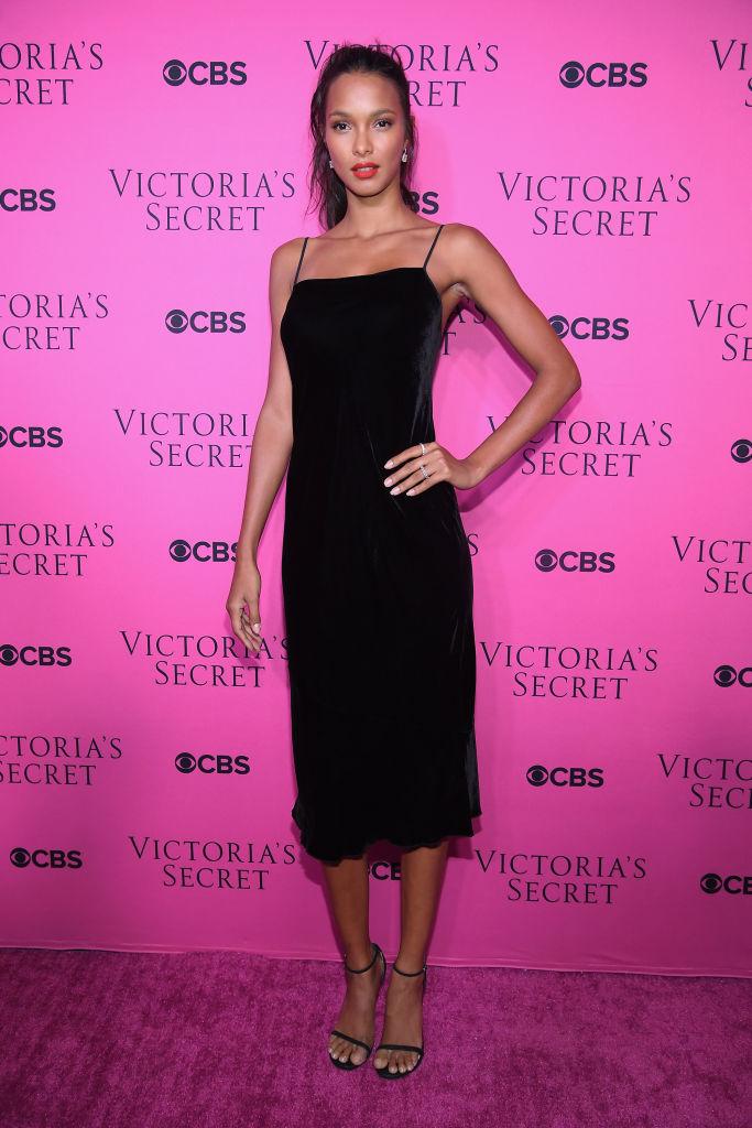 Το μοναδικό fashion trend που υιοθετούν όλα τα μοντέλα της Victoria's Secret