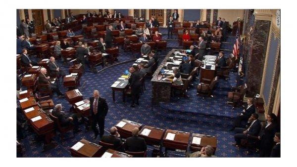 Ώρα μηδέν στις ΗΠΑ: Αναστέλλεται η λειτουργία του ομοσπονδιακού κράτους – Η Γερουσία δεν συμφώνησε για τον προϋπολογισμό