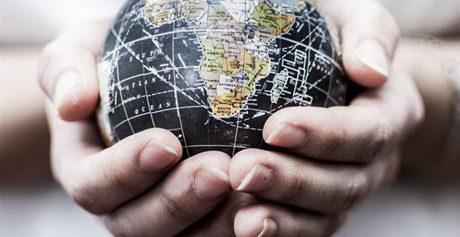 IIF: Σε επίπεδα ρεκόρ το παγκόσμιο χρέος