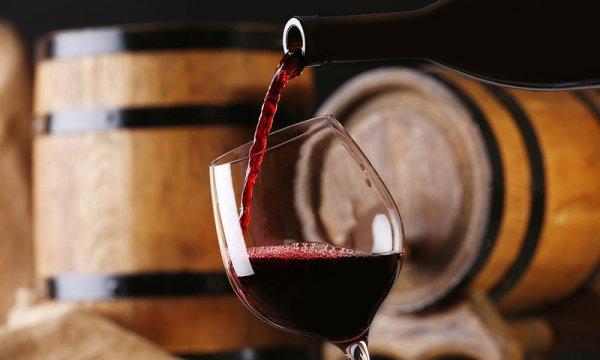 Έτσι μπορείτε να παγώσετε το κρασί σε 10 λεπτά