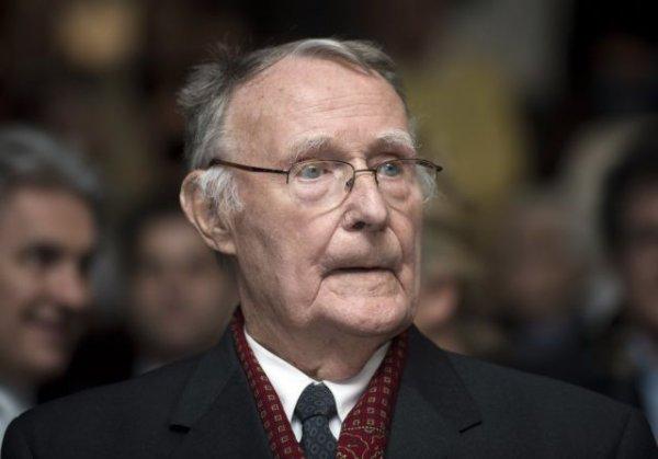 Απεβίωσε ο ιδρυτής της IKEA – Η αυτοκρατορία που γεννήθηκε από ένα τραπεζάκι
