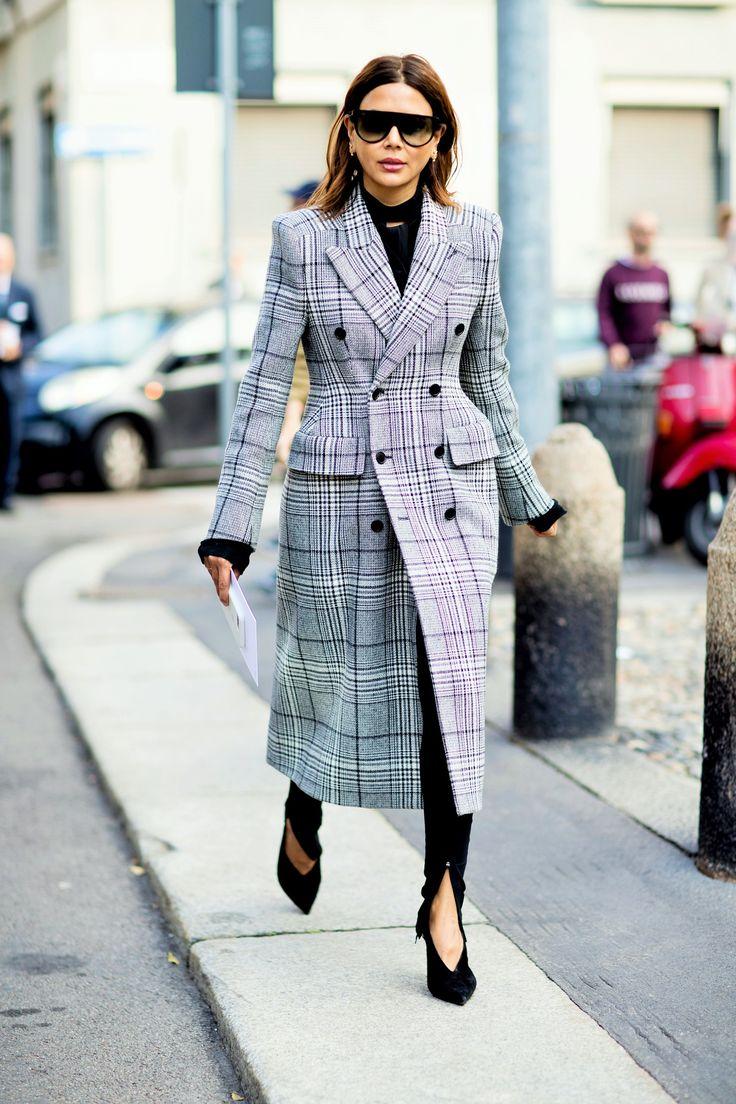 Πώς να ντυθείς για τη δουλειά όταν κάνει πολύ κρύο για να φύγεις από το σπίτι
