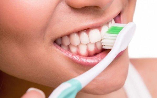 Η κακή υγιεινή των δοντιών μπορεί να οδηγήσει σε καρκίνο. »Καμπανάκι» από νέα έρευνα
