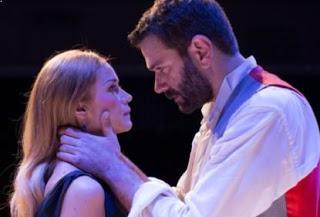 Άμλετ: Συνεχίζει και τον Ιανουάριο στο θέατρο Άνεσις (trailer)