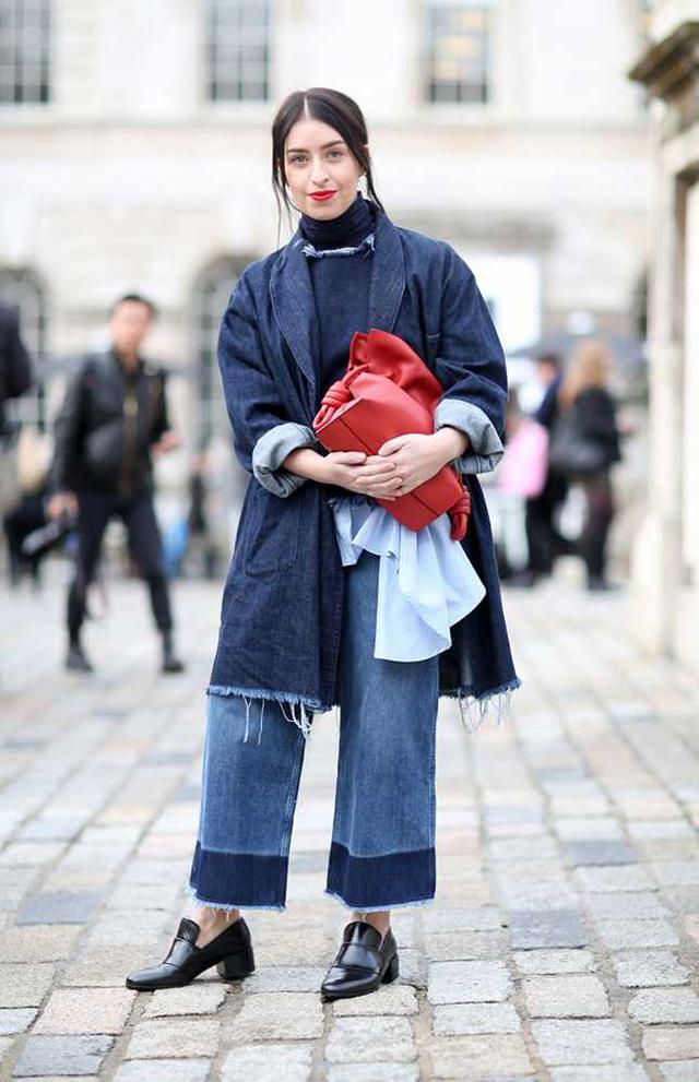 Πέντε τάσεις στα jeans που προβλέπουμε ότι θα κυριαρχήσουν το 2018