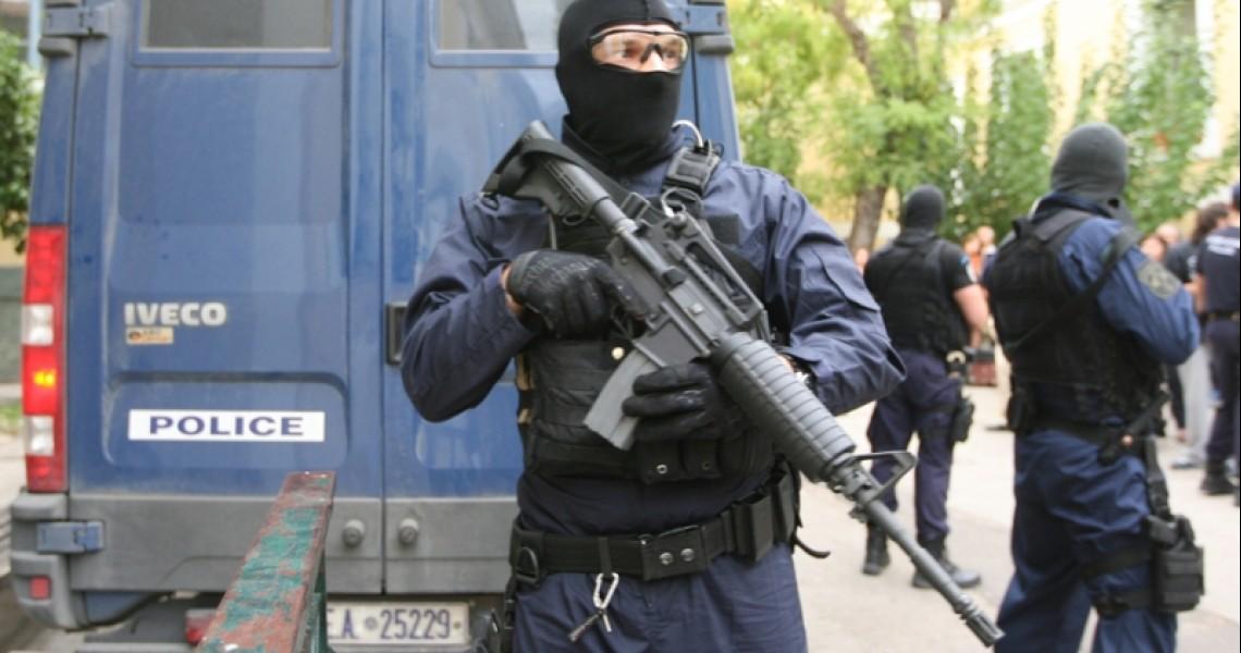 Συλλήψεις ακροδεξιών για τους εμπρησμούς στον Πειραιά τον Αύγουστο