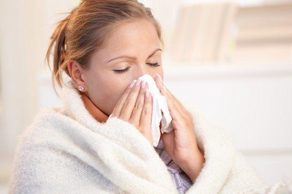 Πως αντιμετωπίζονται κρυολόγημα και πυρετός, χωρίς φάρμακα