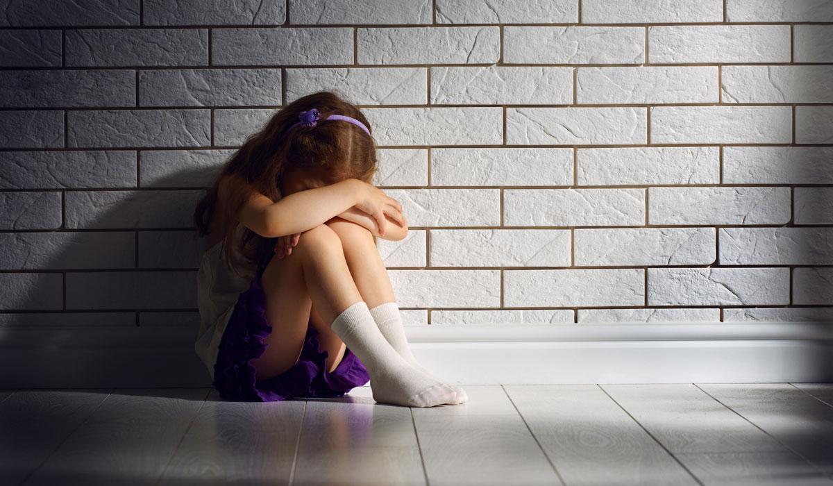 49χρονος βίαζε την 7χρονη κόρη του – Στο νοσοκομείο με αιμορραγία το παιδί
