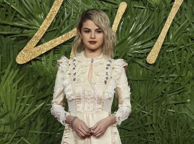 Style file: Η εντυπωσιακή αλλαγή του red carpet style της Selena Gomez