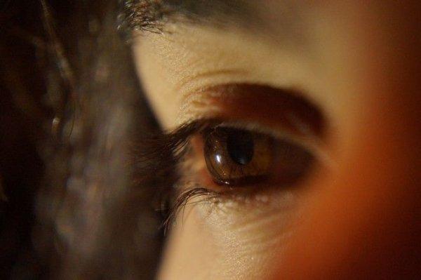 Επανάσταση: Κολλύριο υπόσχεται να αντικαταστήσει τα γυαλιά οράσεως