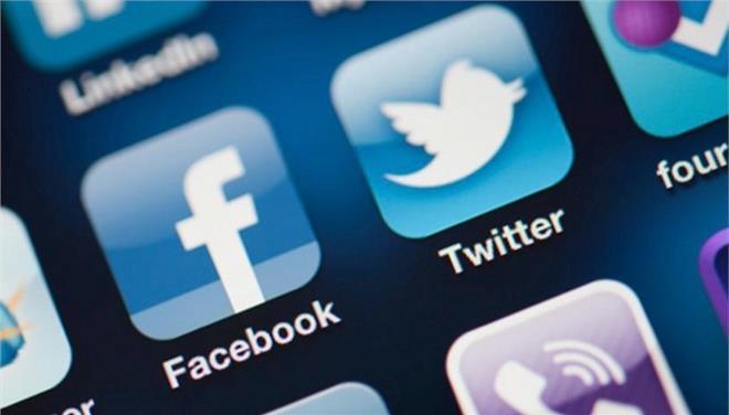 Επίθεση της Κομισιόν σε Facebook και Twitter