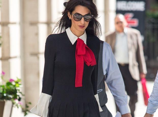 Η Amal Clooney απογειώνει το office look με εμφάνισή της στην Νέα Υόρκη