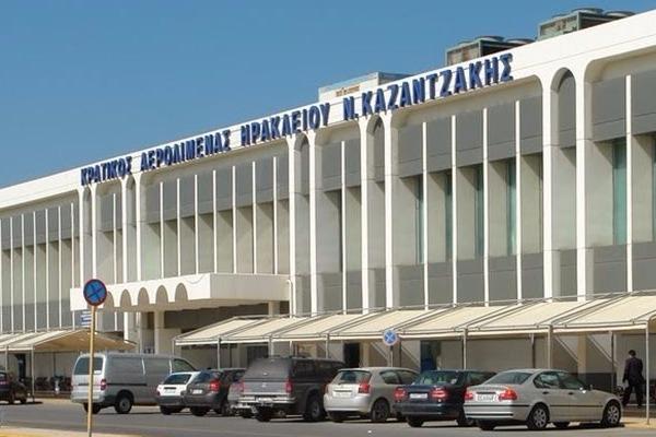 Κρήτη: 38χρονος συνελήφθη στο αεροδρόμιο με πλαστά έγγραφα