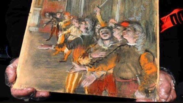 Kλεμμένος πίνακας αξίας 800.000 ευρώ βρέθηκε μέσα σε λεωφορείο (ΦΩΤΟ)