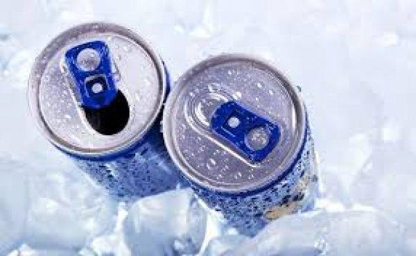 ΚΕΠΚΑ : Τα ποτά που περιέχουν υψηλά ποσοστά καφεΐνης δεν πρέπει να πωλούνται σε ανήλικους
