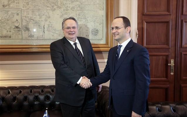 Συνάντηση Νίκου Κοτζιά με τον Αλβανό ΥΠΕΞ