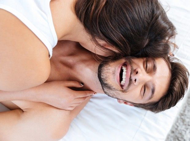 5 τρόποι να κάνεις το σeξ με εσένα από πάνω ακόμα πιο ενδιαφέρον