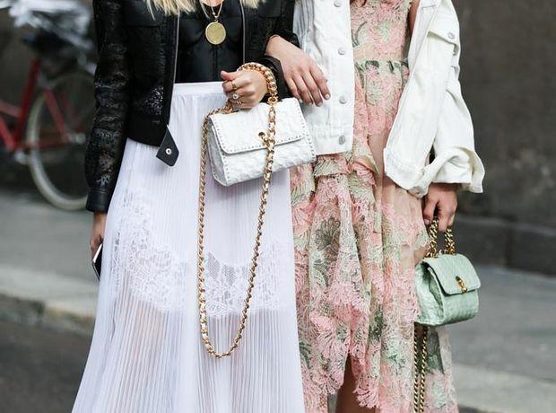 Τα color trends που πρέπει να ξέρεις πριν αγοράσεις την τσάντα του καλοκαιριού