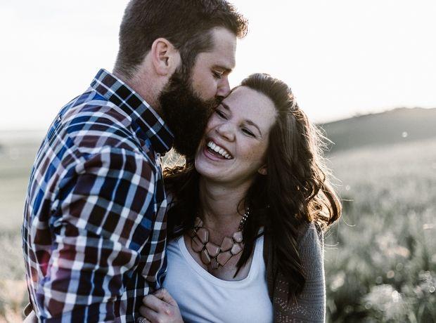 5 (καθημερινές) συνήθειες που κρατούν ζωντανό το ενδιαφέρον στα ζευγάρια