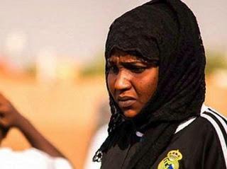 Η πρώτη προπονήτρια ποδοσφαίρου στον αραβικό κόσμο