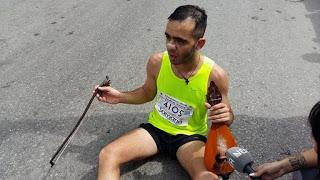 Τερματισε στον Μαραθώνιο με μια μαντινάδα για τον Μπαλταδώρο!