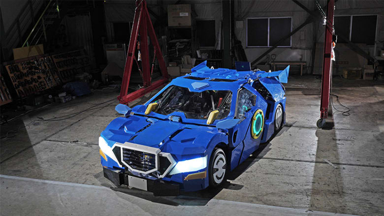 Ιάπωνες έφτιαξαν ρομπότ transformer που μεταμορφώνεται σε αυτοκίνητο (βίντεο)