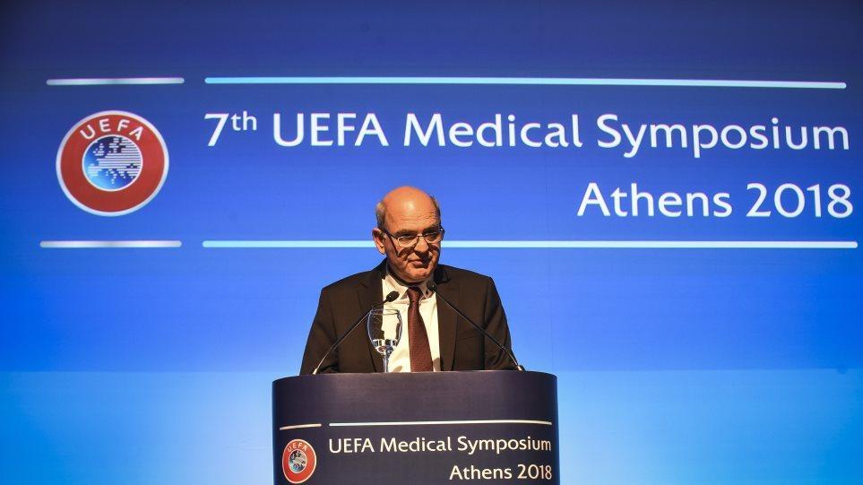 Την Δευτέρα ενώπιον της Επιτροπής της FIFA ο πρόεδρος της ΕΠΟ