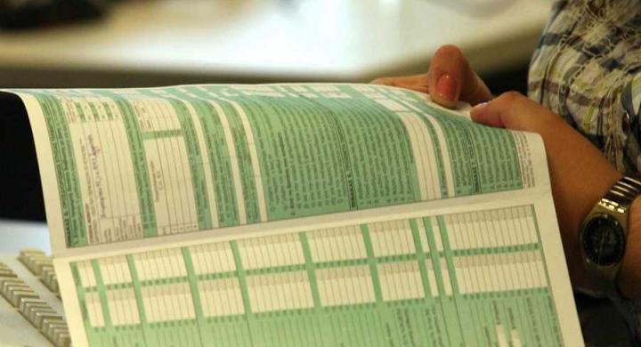 Ρύθμιση δίνει τη δυνατότητα σε συζύγους να υποβάλουν ξεχωριστές φορολογικές δηλώσεις