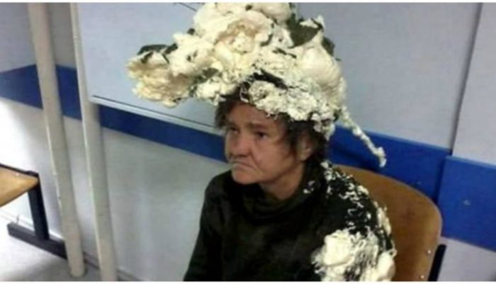 Μπέρδεψε τον αφρό για τα μαλλιά με την πολυουρεθάνη και ιδού τα αποτελέσματα!