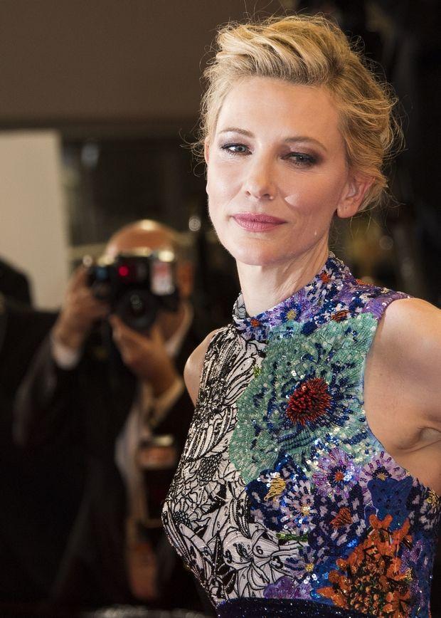 Η Cate Blanchett φοράει Mary Katrantzou και κλέβει τις εντυπώσεις στο κόκκινο χαλί