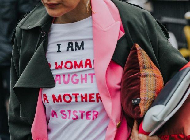 Πες το με ένα t-shirt: 7 επιλογές για να βρεις το μήνυμα του καλοκαιριού