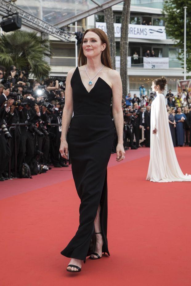Κάννες 2018: Τα μαύρα φορέματα της Julianne Moore και της Irina Shayk είναι υπέροχα
