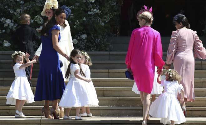 Χάρι και Μέγκαν: Η κολλητή της Μέγκαν εντυπωσίασε με την υπέροχη σιλουέτα και το κομψό royal blue φόρεμα στον γάμο [Εικόνες]