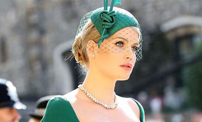 Η πανέμορφη ανιψιά της Νταϊάνα έκλεψε την παράσταση με σμαραγδί φόρεμα