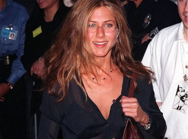 5 outfits της Rachel Green από τα Φιλαράκια που είναι επίκαιρα ακόμα και σήμερα