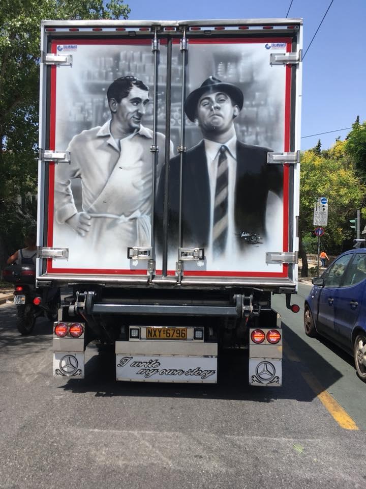 Οδηγός νταλίκας έβαλε τον Ζήκο και τον Κιτσάρα στις πόρτες του φορτηγού του