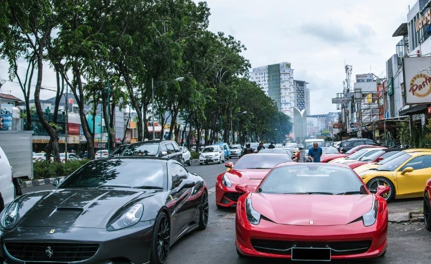 Άρωμα.. Ferrari Club στα Ιωάννινα