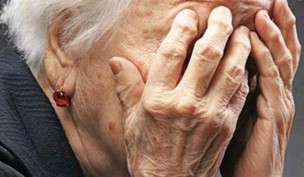 Άρπαξε 15.000 ευρώ από ηλικιωμένη προσποιούμενη την αστυνομικό