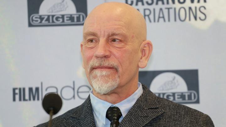 Ο Τζον Μάλκοβιτς θα υποδυθεί τον Χάρβεϊ Γουάινστιν σε θεατρικό έργο στο Λονδίνο