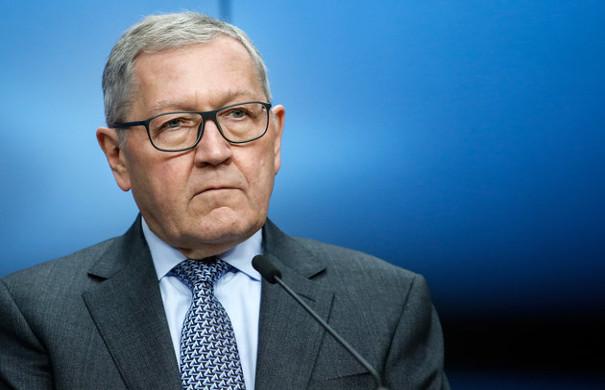 Ρέγκλινγκ: Το ερώτημα είναι πόση ελάφρυνση χρειάζεται το ελληνικό χρέος
