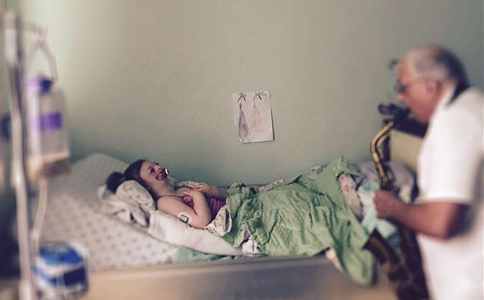 Χρησιμοποίησαν το πρόσωπο άρρωστης 9χρονης για να προωθήσουν τις εκτρώσεις