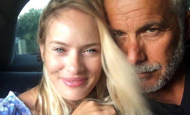Χριστόπουλος: Η φωτό της αγαπημένης του, ενώ κοιμόταν και φορά τα απολύτως απαραίτητα