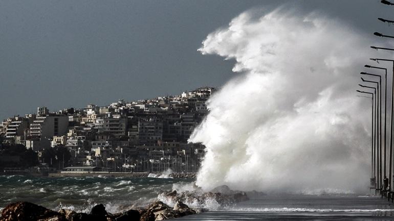 Έκτακτο δελτίο ΕΜΥ: Θυελλώδεις άνεμοι θα σαρώσουν τη χώρα