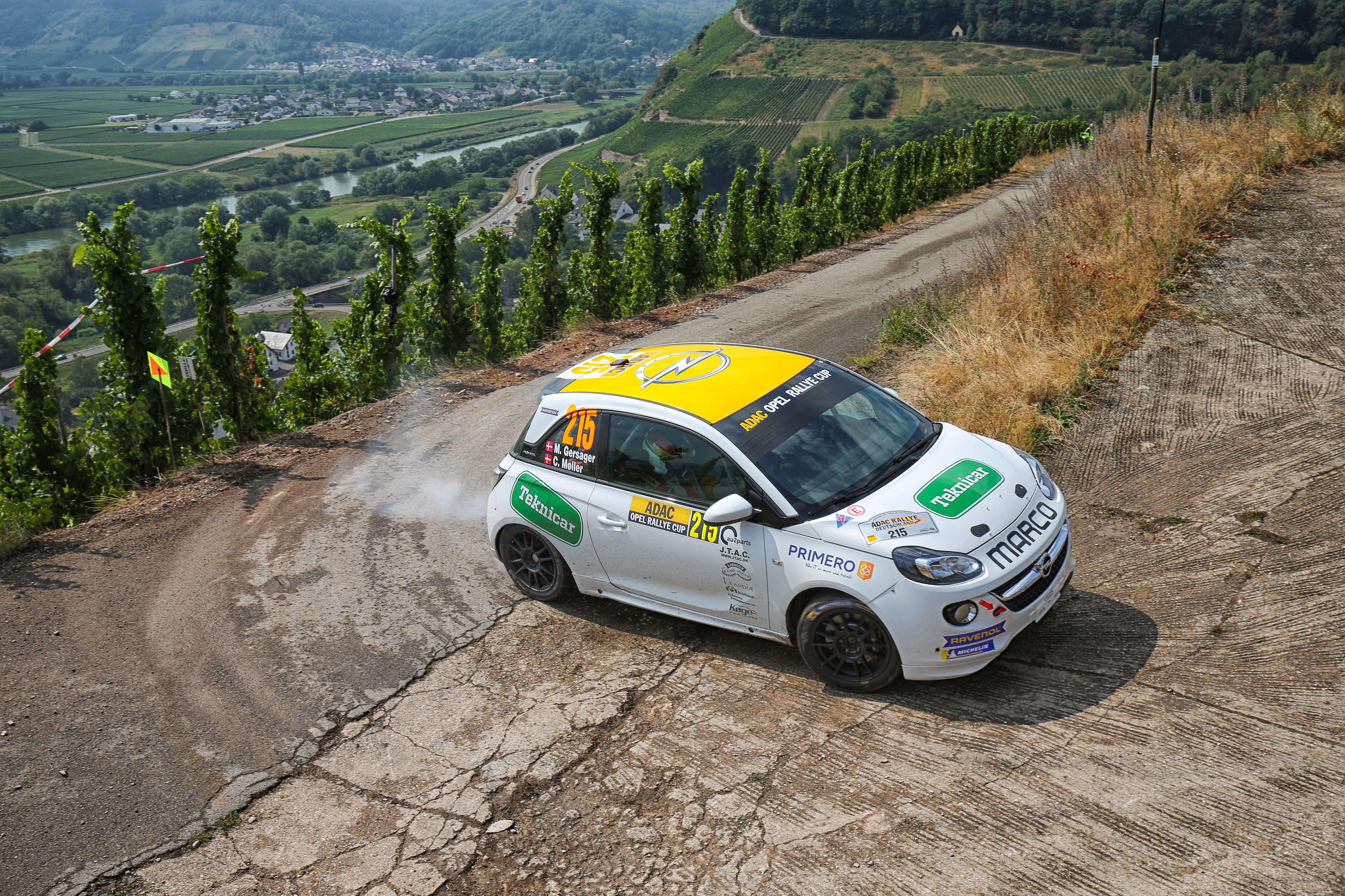 Η Opel κατέβασε τα περισσότερα αυτοκίνητα στο Γερμανικό αγώνα του WRC