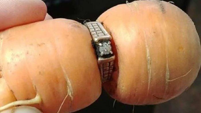 84χρονη βρήκε το χαμένο δαχτυλίδι αρραβώνων της σε καρότο 13 χρόνια μετά