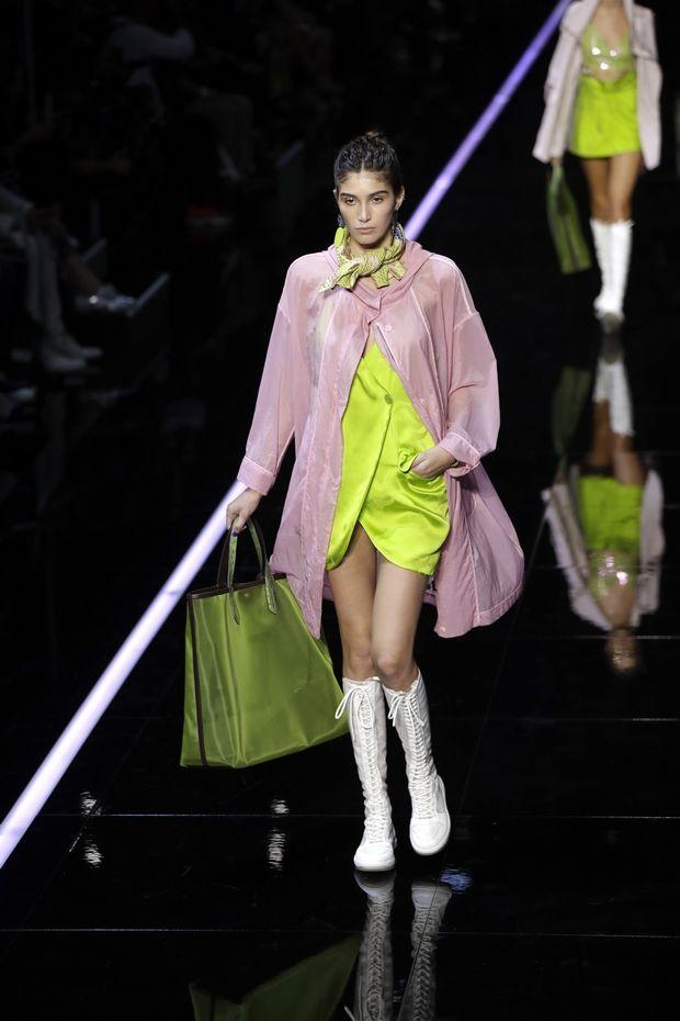 Τα fashion shows του Prada και του Armani στο Μιλάνο είναι η έκφραση της σύγχρονης μόδας