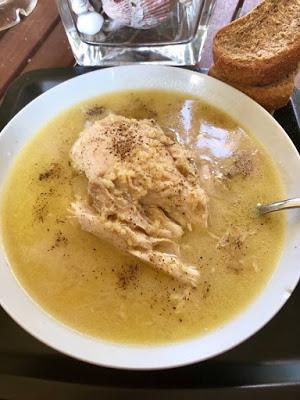 Κοτόπουλο με τραχανά σούπα !!!