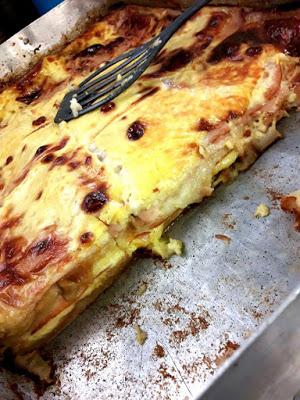 Σουφλέ με ψωμί του τοστ,τυρί και γαλοπούλα !!!
